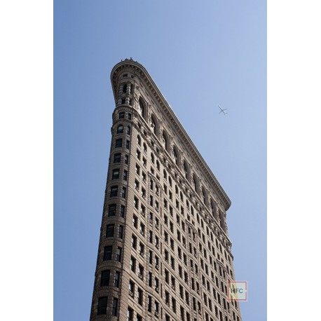 Luka Mjeda, FLAT IRON BUILDING 9824, 2015